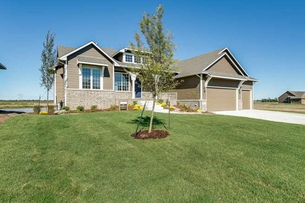 Single Family OnSite Blt, Bungalow - Wichita, KS (photo 2)