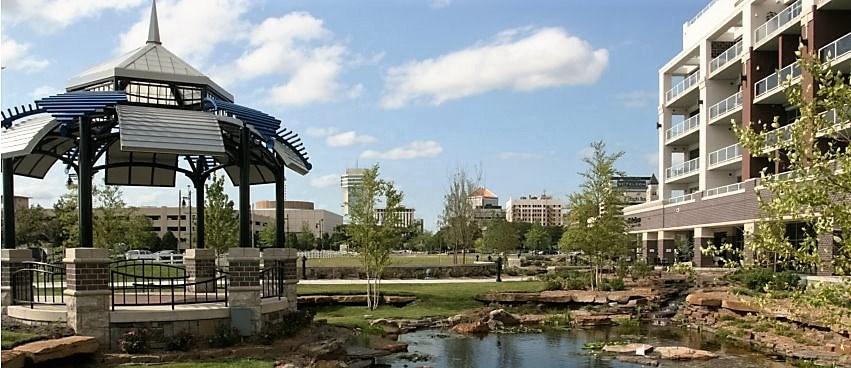 Comm Hsing/Condo/TH/Co-Op, Contemporary - Wichita, KS (photo 4)
