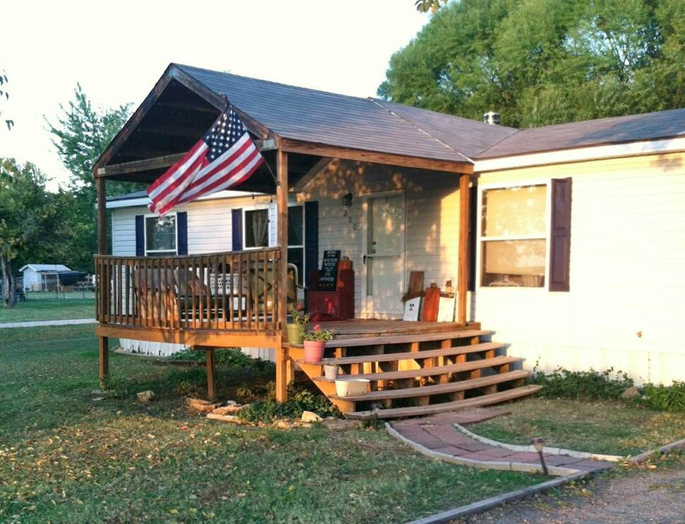 Single Family OffSite Blt, Mobile-No Perm Foundation - South Haven, KS (photo 1)