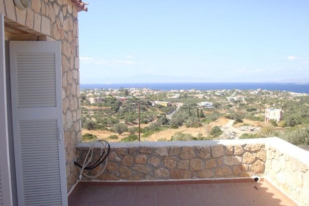 Vathu, Egina - GRC (photo 2)
