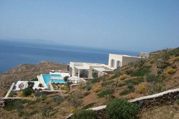 Syros - GRC (photo 5)