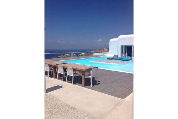 Tourlos , Mykonos - GRC (photo 4)