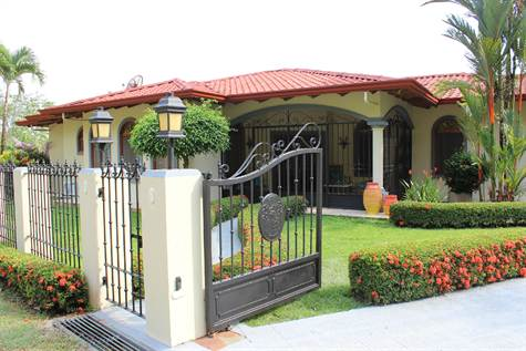 Fairy Tale Residence In Gated Community, With Bonu, Uvita - CRI (photo 2)