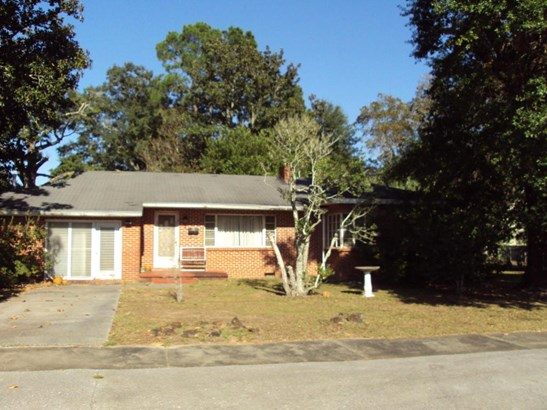 Florida Cottage, Detached Single Family - Crestview, FL (photo 1)
