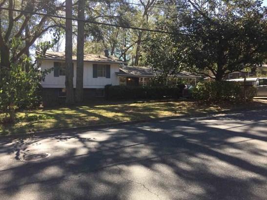 819 Chestwood , Tallahassee, FL - USA (photo 1)