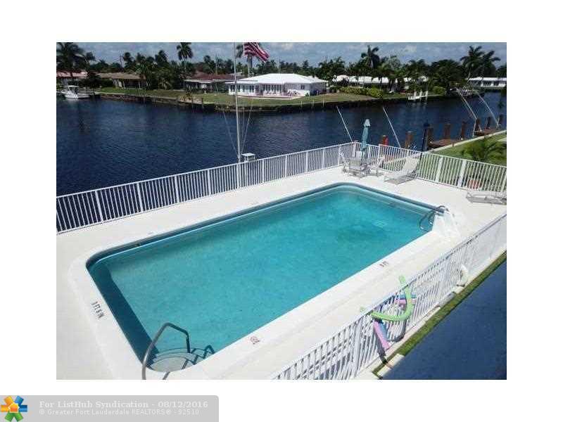 Condo/Co-Op/Villa/Townhouse, Co-Op 1-4 Stories - Pompano Beach, FL (photo 5)