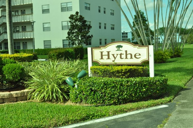 Condo/Coop - Boca Raton, FL (photo 2)