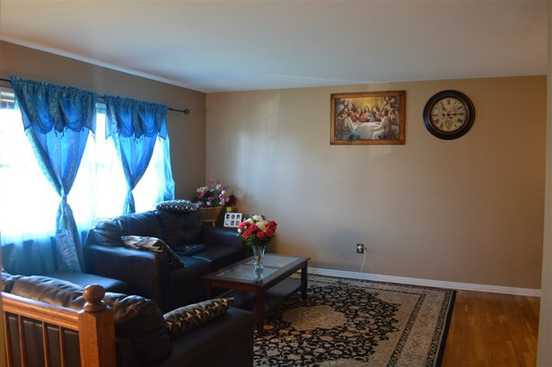 Transitional, Single Family,Single Family Detached - Erlanger, KY (photo 3)