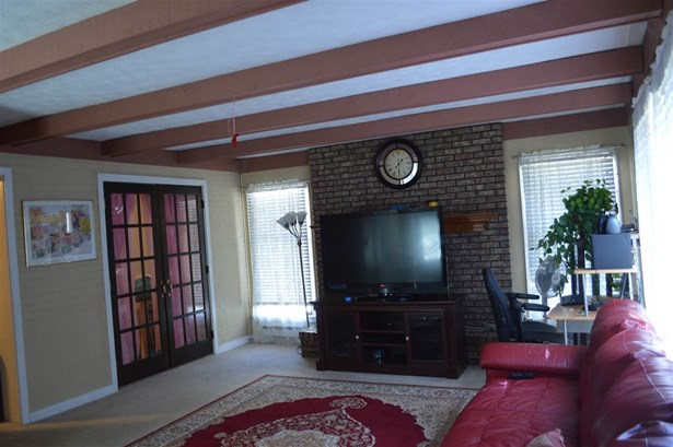 Transitional, Single Family,Single Family Detached - Erlanger, KY (photo 4)