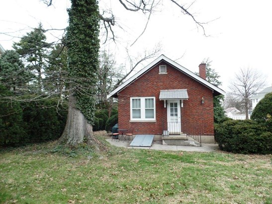 Single Family Residence, Ranch - North College Hill, OH (photo 2)