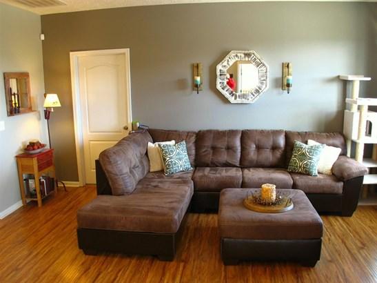 Condominium,Single Family Attached, Traditional - Walton, KY (photo 5)