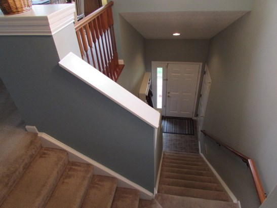 Transitional, Condominium,Single Family Attached - Cold Spring, KY (photo 3)