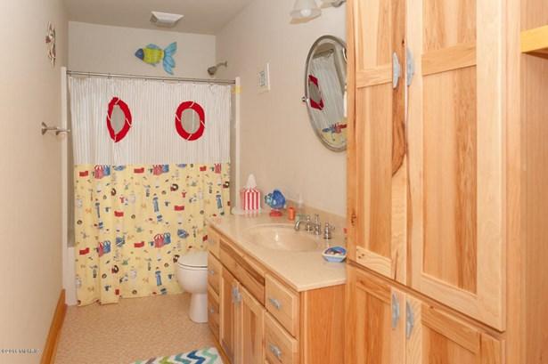 Single Family Residence, Other - Covert, MI (photo 5)