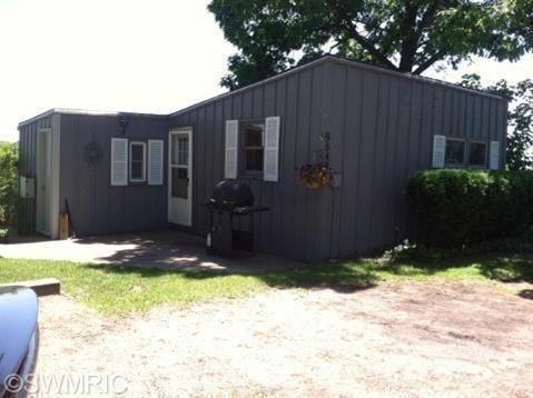 Cabin/Cottage, Single Family Residence - Delton, MI (photo 4)