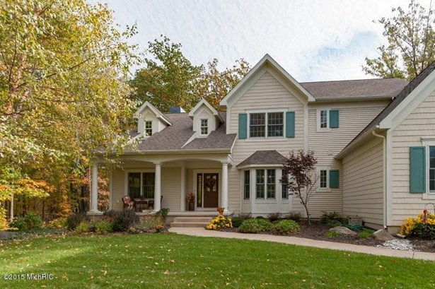 Single Family Residence, Traditional - South Haven, MI (photo 1)