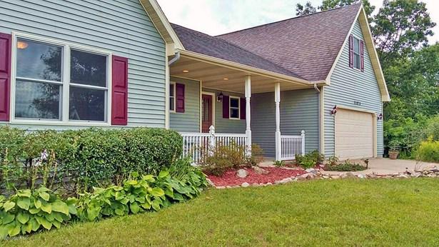 Single Family Residence, Contemporary - Plainwell, MI (photo 3)