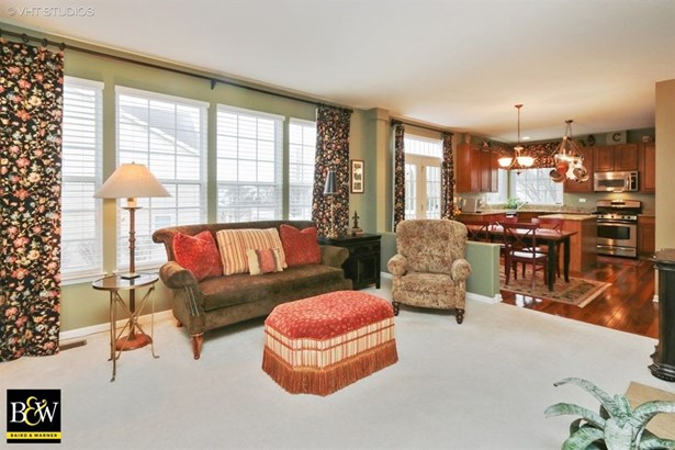 Contemporary, Detached Single - Wadsworth, IL (photo 5)