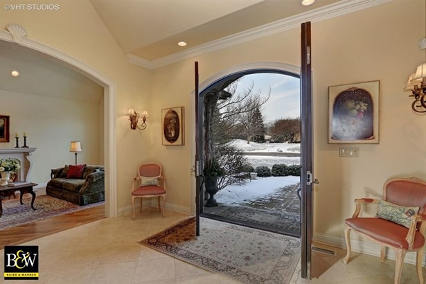Detached Single, French Provincial - Naperville, IL (photo 3)