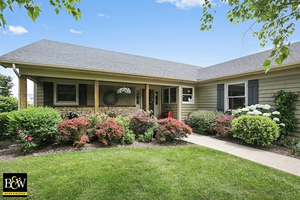 Ranch, Detached Single - Elburn, IL (photo 4)