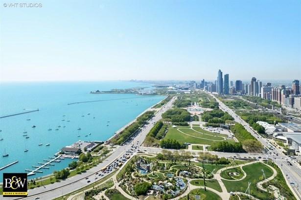 Condo - Chicago, IL (photo 2)