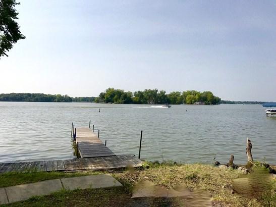 Traditional, Detached Single - Fox Lake, IL (photo 2)