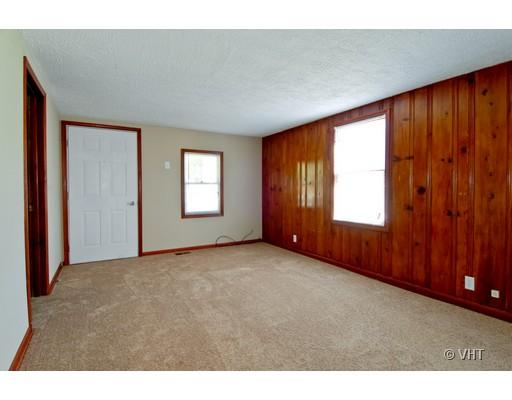 Ranch, Detached Single - Aurora, IL (photo 3)
