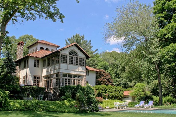 2 East Meadow Road, Wilton, CT - USA (photo 1)
