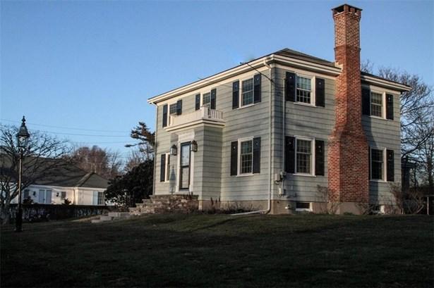 206 Coggeshall Av, Newport, RI - USA (photo 2)