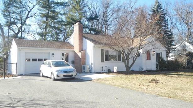 136 Hazardville Rd, Longmeadow, MA - USA (photo 1)