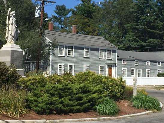9 Lowell Street, Carlisle, MA - USA (photo 1)