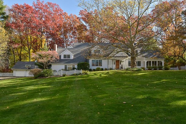 31 Taylor Road, Mount Kisco, NY - USA (photo 1)