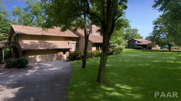 Single Family, Quad-Level/4-Level - Tremont, IL (photo 2)