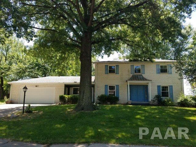 2 Story, Single Family - Pekin, IL (photo 1)