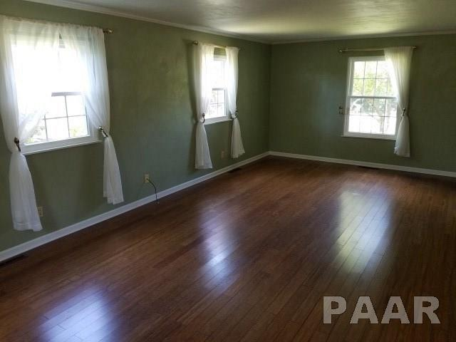 2 Story, Single Family - Pekin, IL (photo 4)