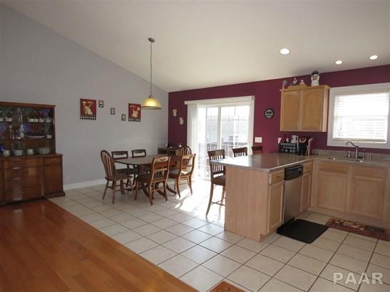 Split Foyer, Single Family - Metamora, IL (photo 5)
