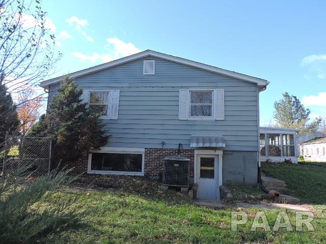 Single Family, Quad-Level/4-Level - Yates City, IL (photo 3)