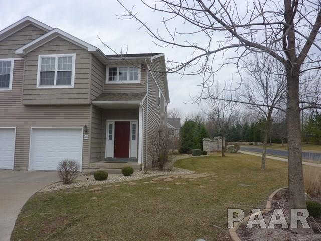Attached Single Family, 2 Story - Peoria, IL (photo 2)