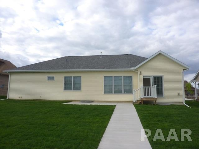 Ranch, Single Family - Washington, IL (photo 4)