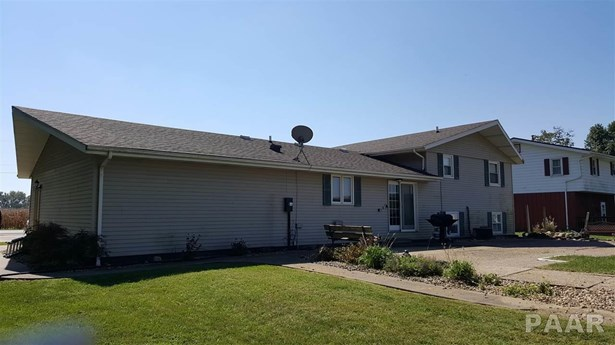 Tri-Level/3-Level, Single Family - Canton, IL (photo 2)