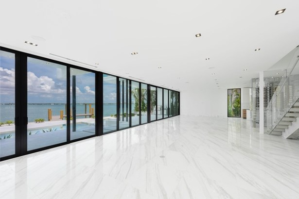 2614 Biarritz Dr, Miami Beach, FL - USA (photo 4)