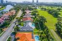 807 Diplomat Pkwy, Hallandale, FL - USA (photo 1)