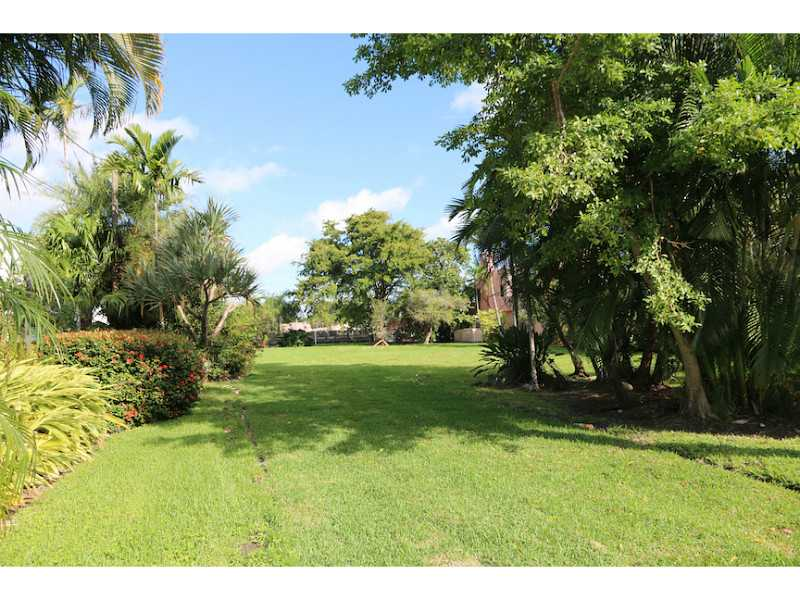 1010 S Northlake Dr, Hollywood, FL - USA (photo 3)