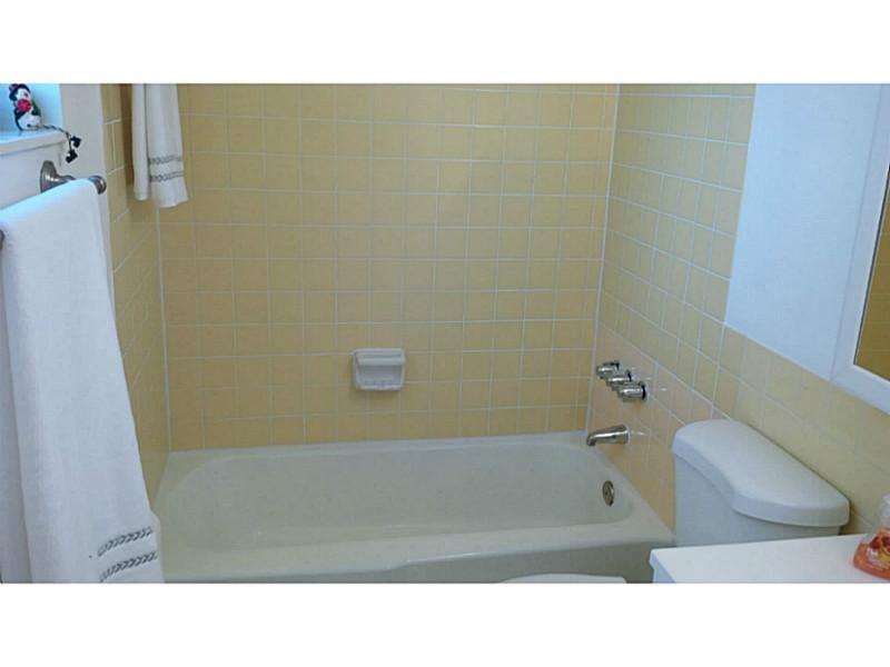 1800 Sans Souci Blvd # 143, North Miami, FL - USA (photo 3)