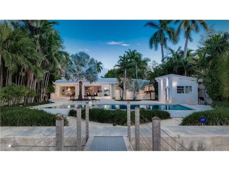 6050 N Bay Rd, Miami Beach, FL - USA (photo 1)