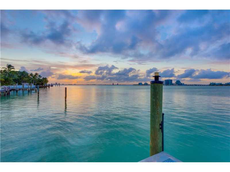 6050 N Bay Rd, Miami Beach, FL - USA (photo 2)
