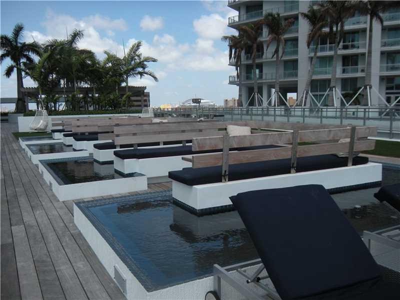 92 Sw 3 St # 1408, Miami, FL - USA (photo 1)