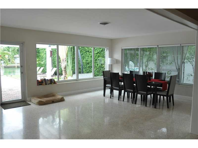 1445 Marseille Dr, Miami Beach, FL - USA (photo 4)
