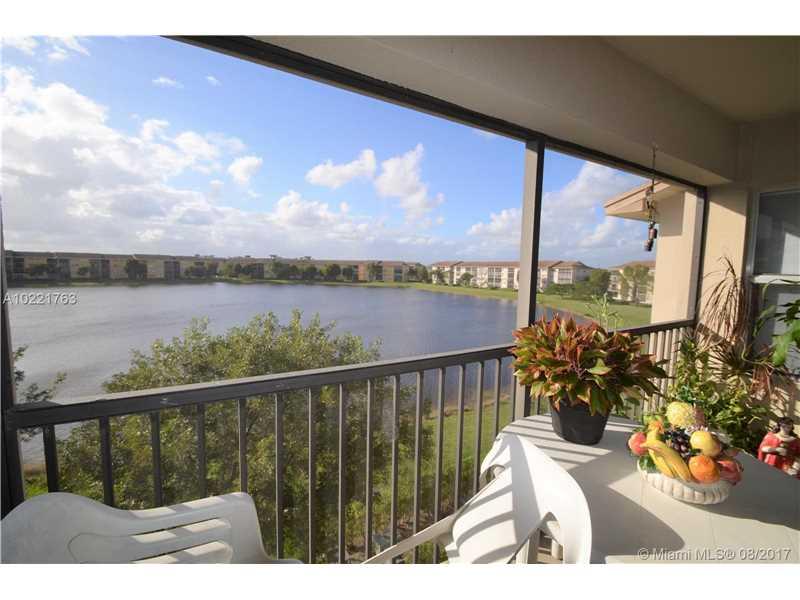 650 Sw 138th Ave # J409, Pembroke Pines, FL - USA (photo 2)