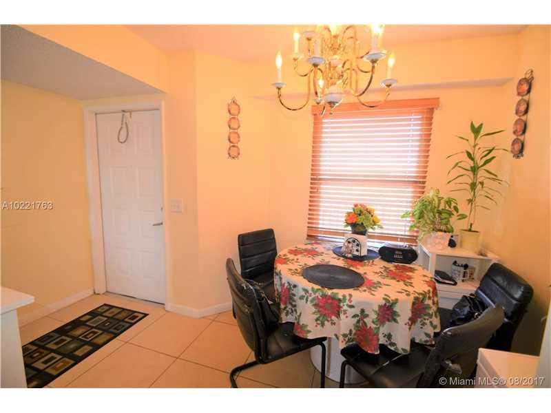 650 Sw 138th Ave # J409, Pembroke Pines, FL - USA (photo 4)