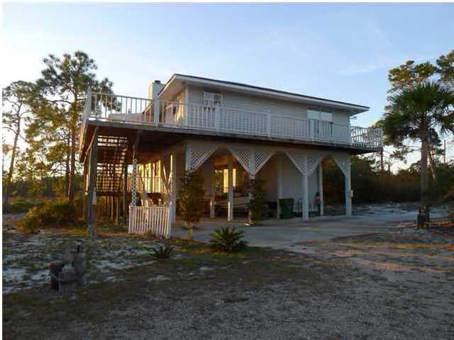 Detached Single Family - CARRABELLE, FL (photo 4)